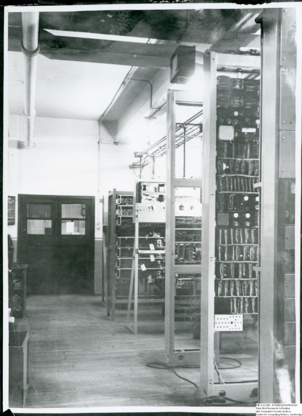 Photograph of 60476 LEO I view to Data Preparation area