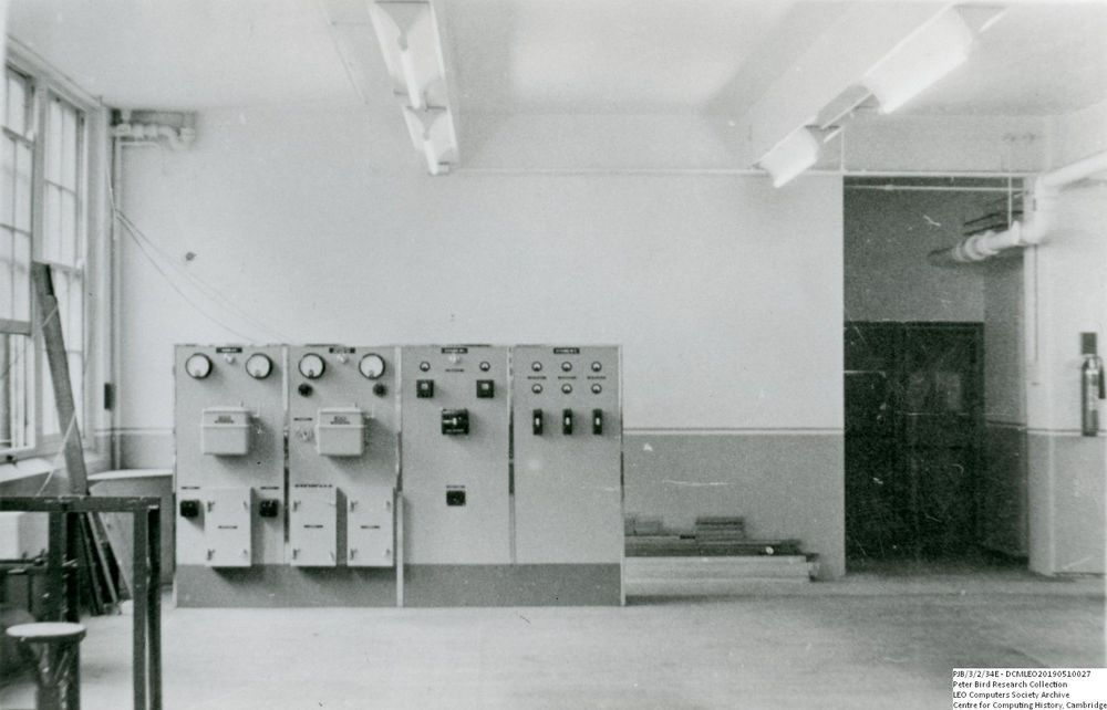 Photograph of 60496 LEO I Power Supply During Construction