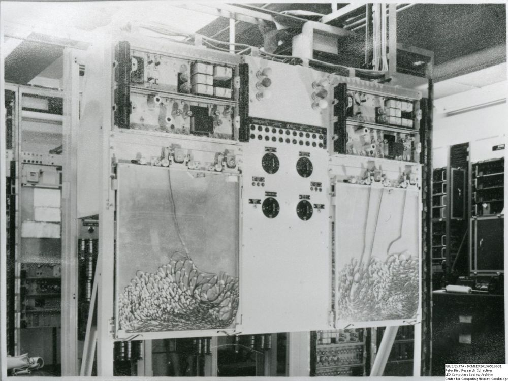 Photograph of 60539 STC Tape Decks on LEO I
