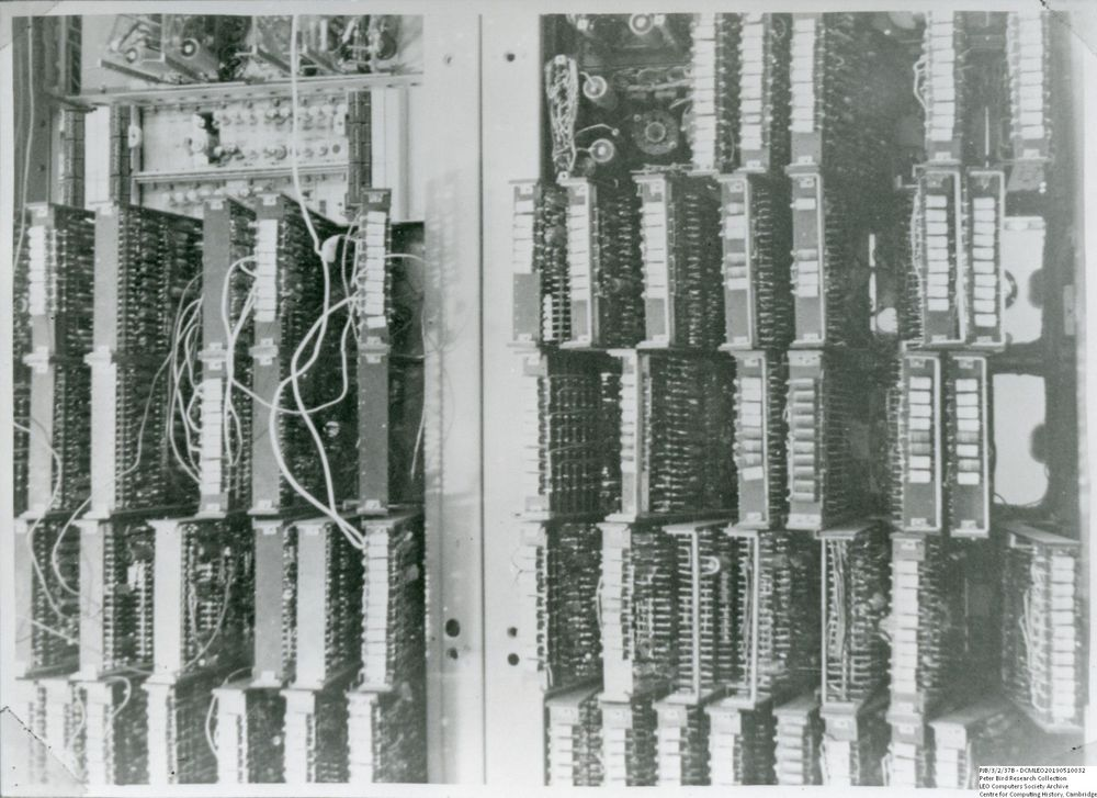 Photograph of 60540 Swinging Gate Construction, STC equipment