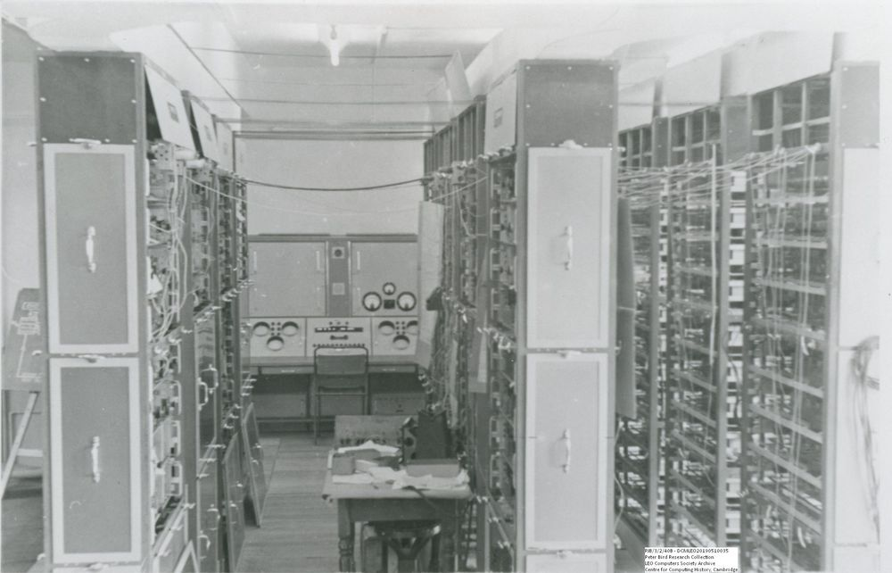 Photograph of 60541 Central aisle,  LEO I Demonstration