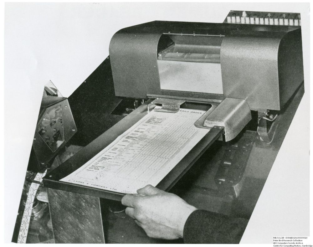 Photograph of 60990  Prototype Document Reader in use