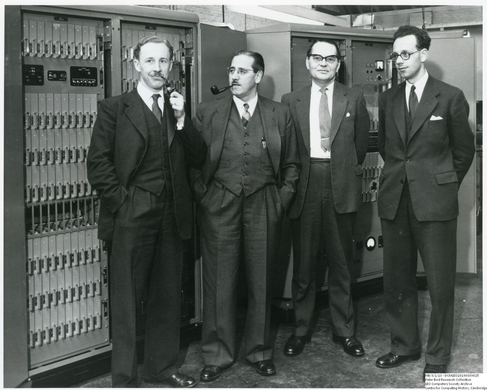 Photograph of 61010  The Men Who Made The Xeronic