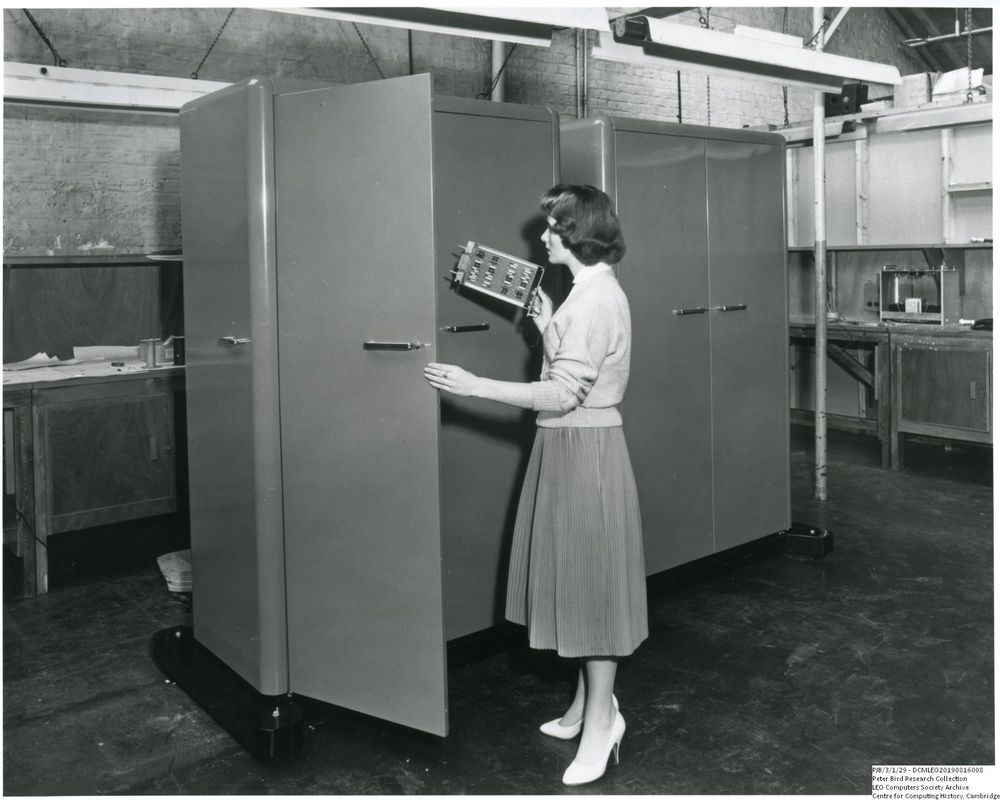 Photograph of 61022  Cubicles housing the Rank prototype xerographic printer