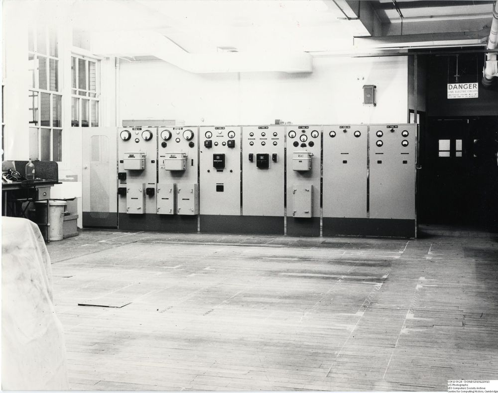 Photograph of 61293  LEO I power supply units (c1950-1)