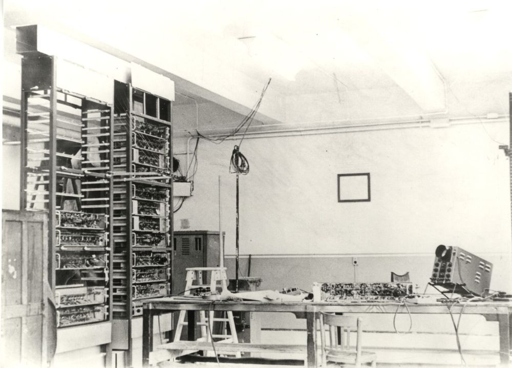 Photograph of 51855 Build Room, WX Block, Cadby Hall