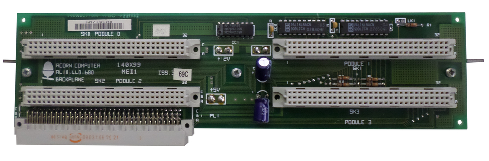 Scan of Document: Acorn A410, 440, 680 Backplane