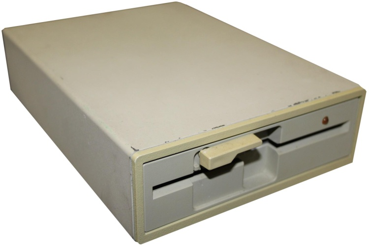 Scan of Document: Apricot XN525F Floppy Drive