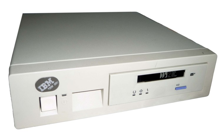 Scan of Document: IBM 7206-005 External 4mm Tape Drive