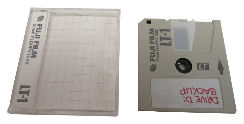 Scan of Document: Fuji Film LT-1 2-inch Floppy Disk