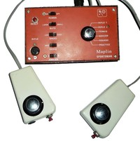 Maplin Sportsman 'Pong' Games Console with two hand control units.